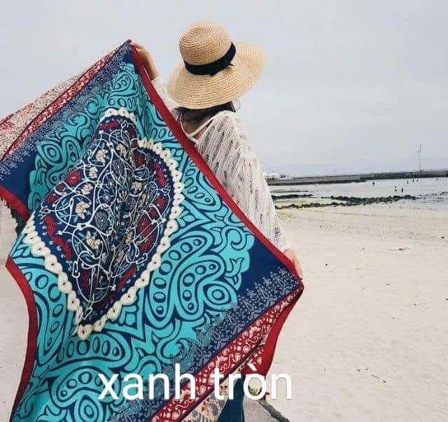 combo khăn đi biển kèm túi chống nước điện thoại