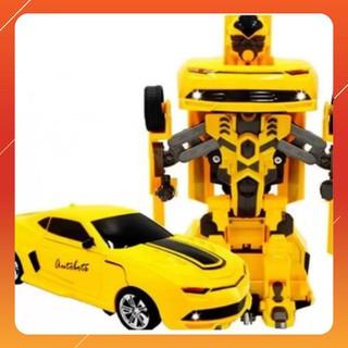 [Ka] Đồ chơi ô tô biến hình thành Robot – chạy pin – phát nhạc