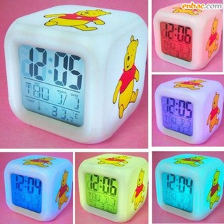 Đồng hồ đổi 7 màu đồ chơi ánh sáng cho bé