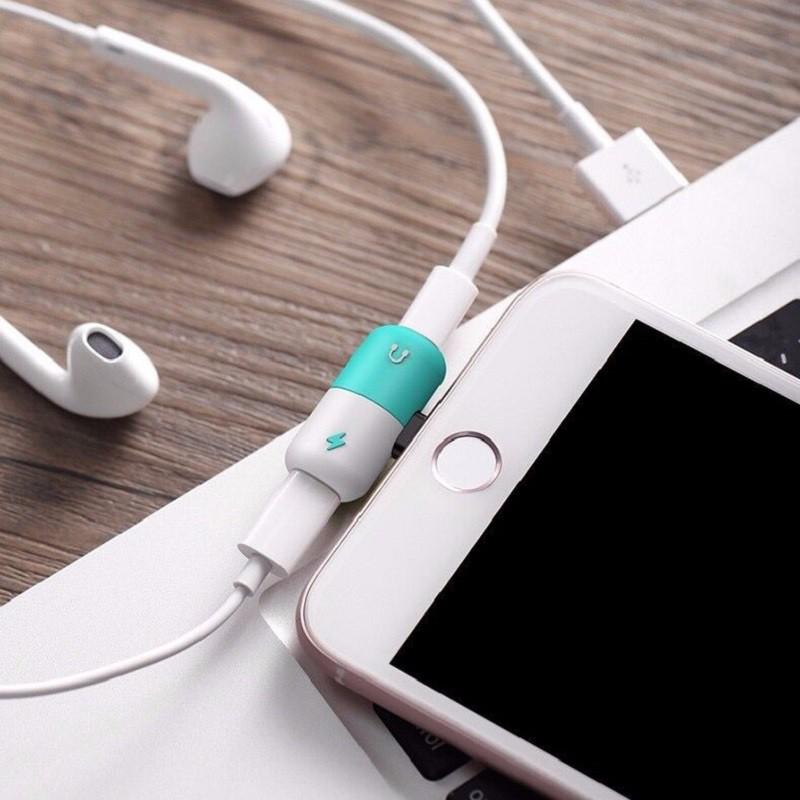 Phụ Kiện Chia Tai Nghe 2 Trong 1 Cho Iphone 7 8 Plus X Xs Max Xr