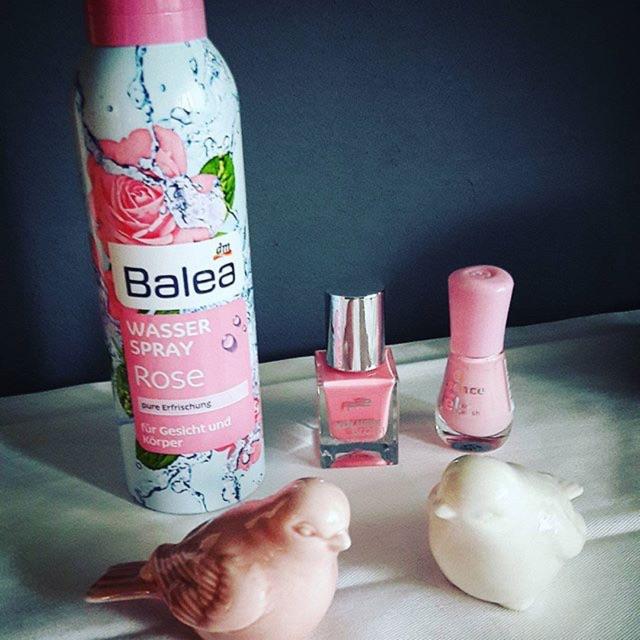 Xịt khoáng Balea hương hoa hồng mẫu mới 2017