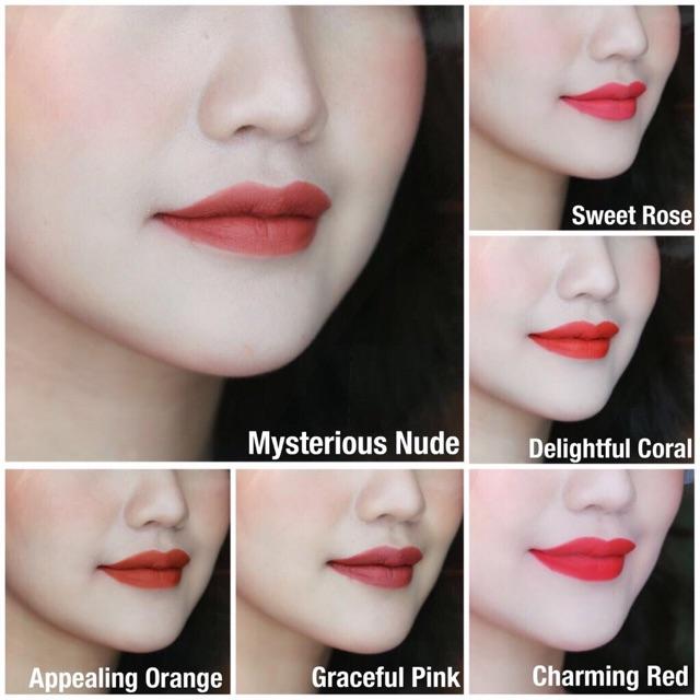Son Lì Collagen Siêu Mịn Lip On Lip Charm
