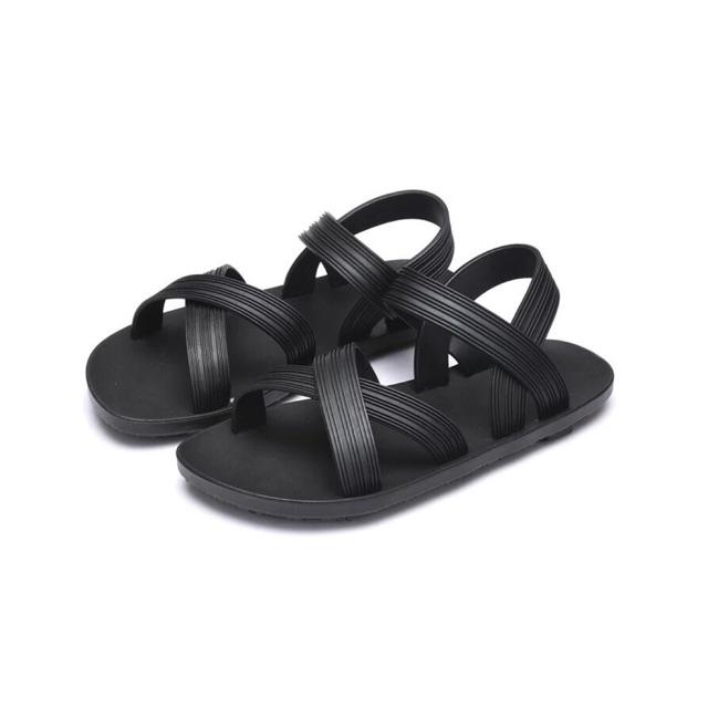 Sandal đi biển xả lỗ size 40