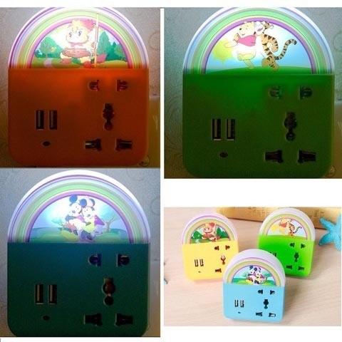 Ổ cấm điện đa năng + đèn cảm ứng