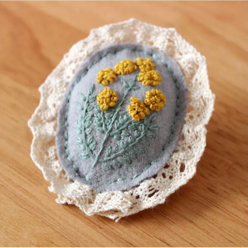 Bộ kit nguyên liệu thêu huy hiệu cài áo vintage hoa lá xinh xắn thủ công handmade tự làm sinh viên quà tặng Lenmade