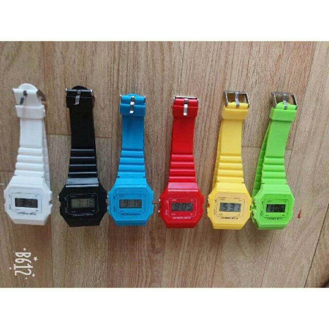 (Giá sỉ)Đồng hồ điện tử WR unisex dây nhựa CA004 phối theo đồ rất đẹp
