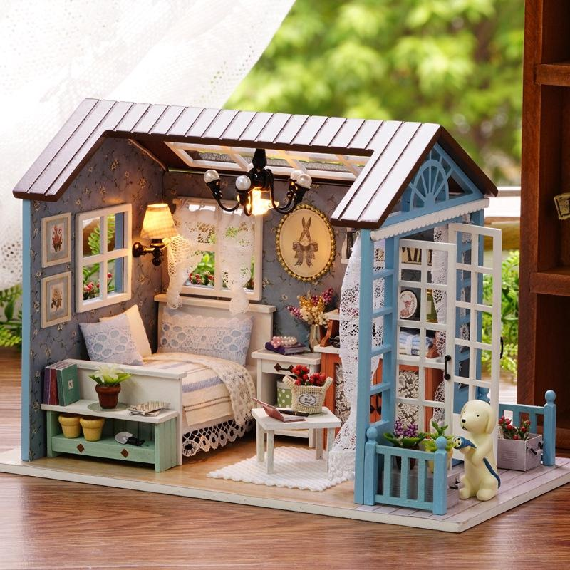 【NearUP】ONSALE Doll Miniature Wooden House Studio Kit LED Light Furniture DIY Handcraft Toy