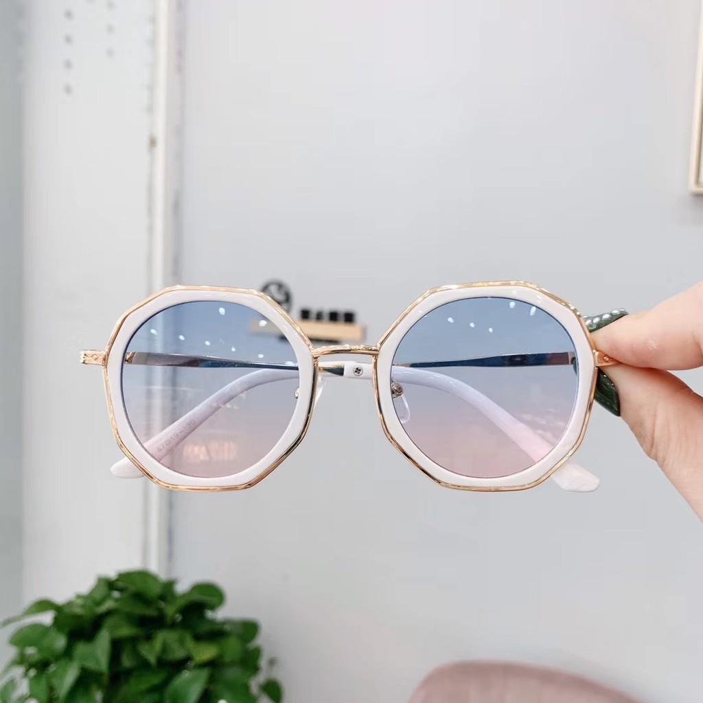 kính mắt trẻ em new fashion model 2021 chống tia cực tím uv 400 chuẩn