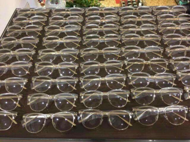 kính cận teen có độ theo yêu cầu