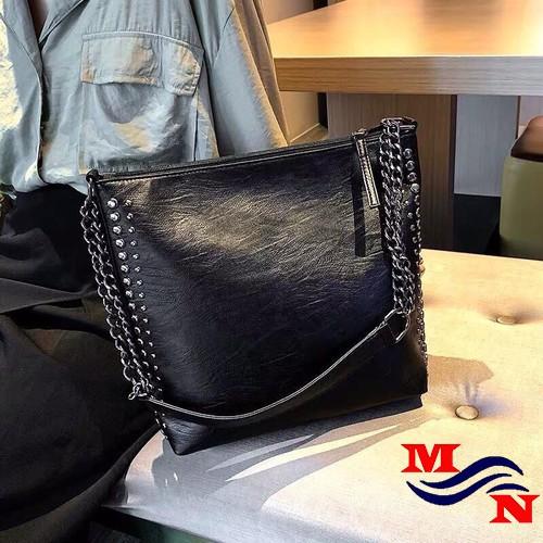 Túi xách nữ đeo chéo đinh tán cá tính MN6