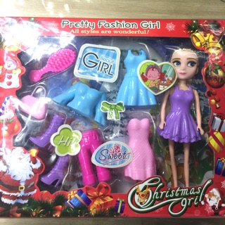 Bộ đồ chơi búp bê và quần áo phụ kiện nhựa