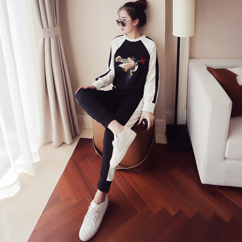 bộ quần áo thể thao thời trang hàn quốc - 14219963 , 2539992007 , 322_2539992007 , 329900 , bo-quan-ao-the-thao-thoi-trang-han-quoc-322_2539992007 , shopee.vn , bộ quần áo thể thao thời trang hàn quốc