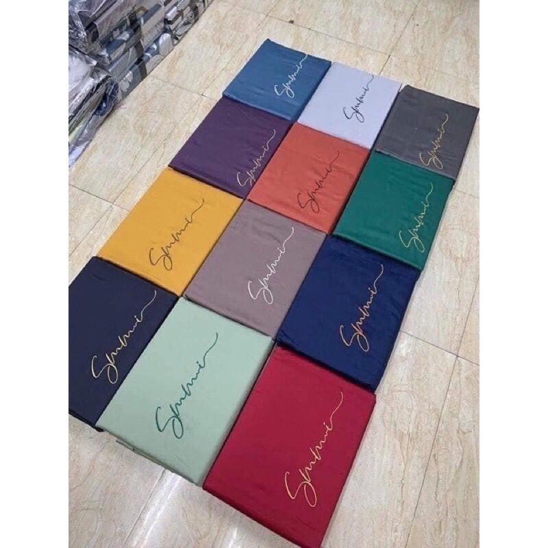 Bộ Chăn Ga lụa Sumoi mix màu cá tính tặng kèm vỏ gối ôm trị giá 50k