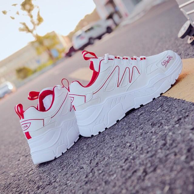 Giày Thể thao nữ Sóng đỏ