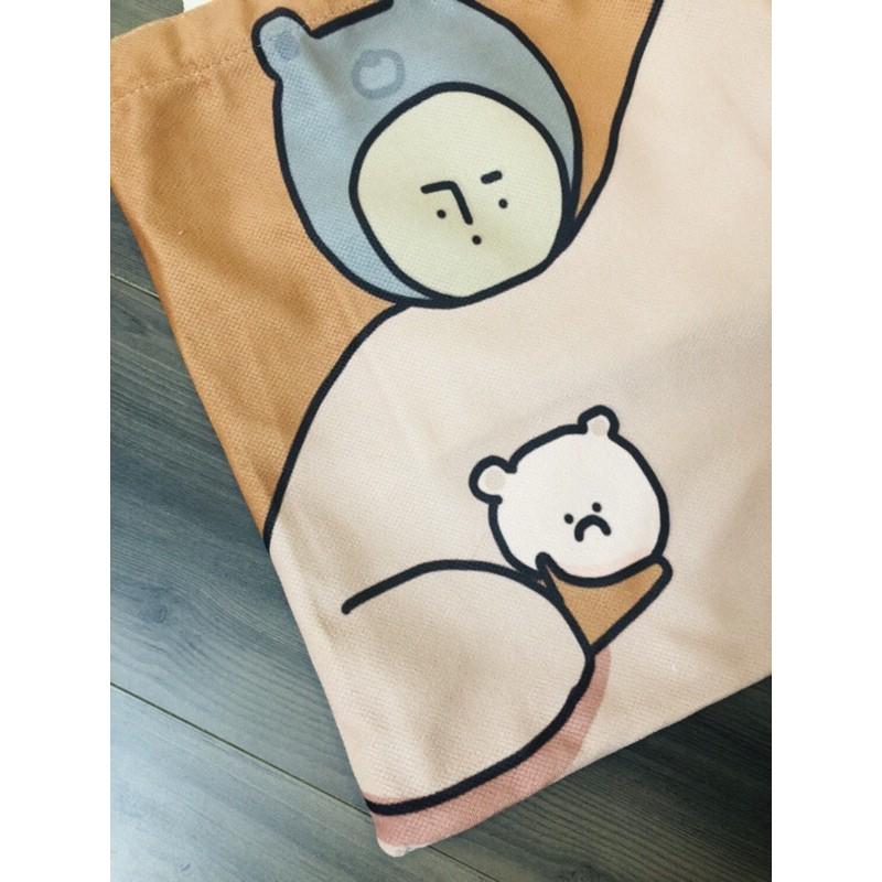 Túi Tote vải Canvas Phong Cách Hoạt Hình Cô Gái Múa Bale Với Chú Chó Trắng trên nền màu Cam Pastel