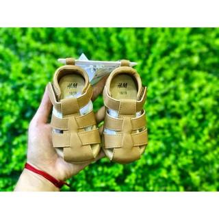 Sandal HM size 24