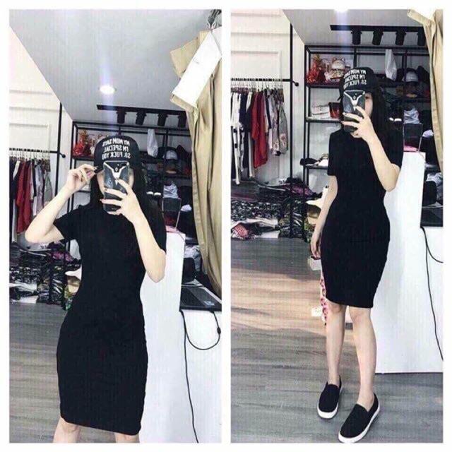 Váy Body Cổ Tròn Xẻ Sau