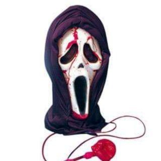 Mặt nạ phun máu halloween