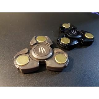 Spinner 3 cánh biểu tưởng móng vuốt cào ufo