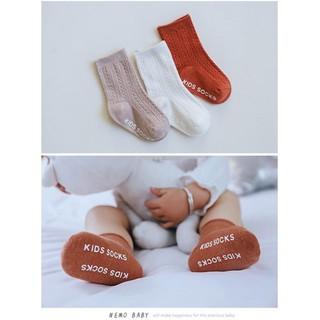 Combo 3 đôi tất cổ cao chống trượt Hàn Quốc cho bé từ 6 tháng đến 5 tuổi