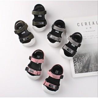 Dép sandal tập đi chống vấp cho bé mũi cao đế cao su non mềm mại VABA SCV03
