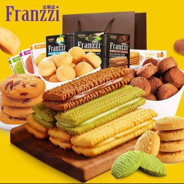 Bánh franzzi 1 thùng 12 hộp giá chỉ 270k