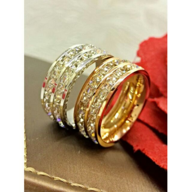 nhẫn Cartier đính đá