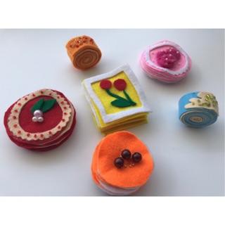 Đồ chơi bánh ngọt handmade bằng vải nỉ cho bé