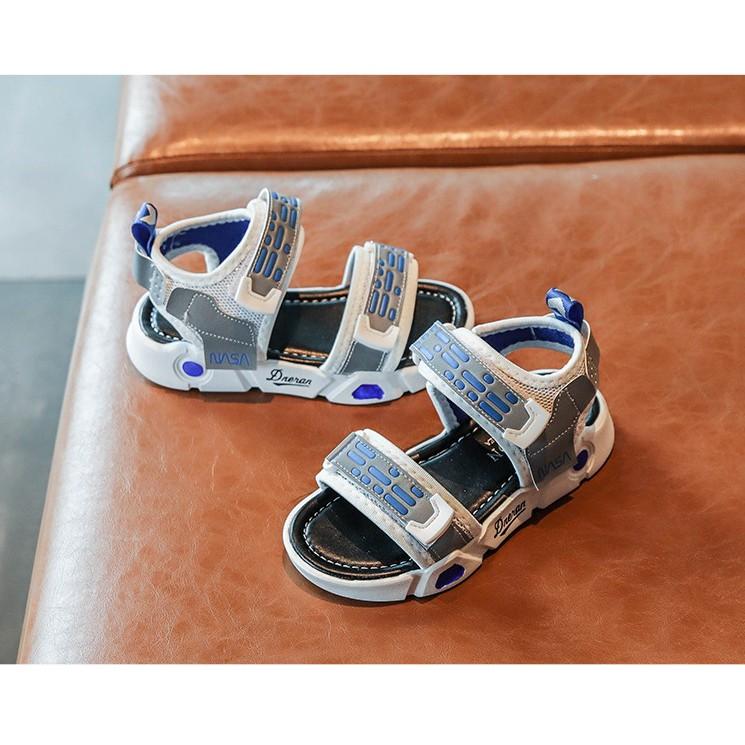 sandal Roman bé trai