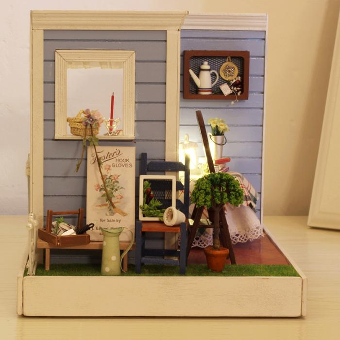 HW Miniature Wooden Cozy Coffee Shop DIY Kit Doll House with Terrace Plant LED Light