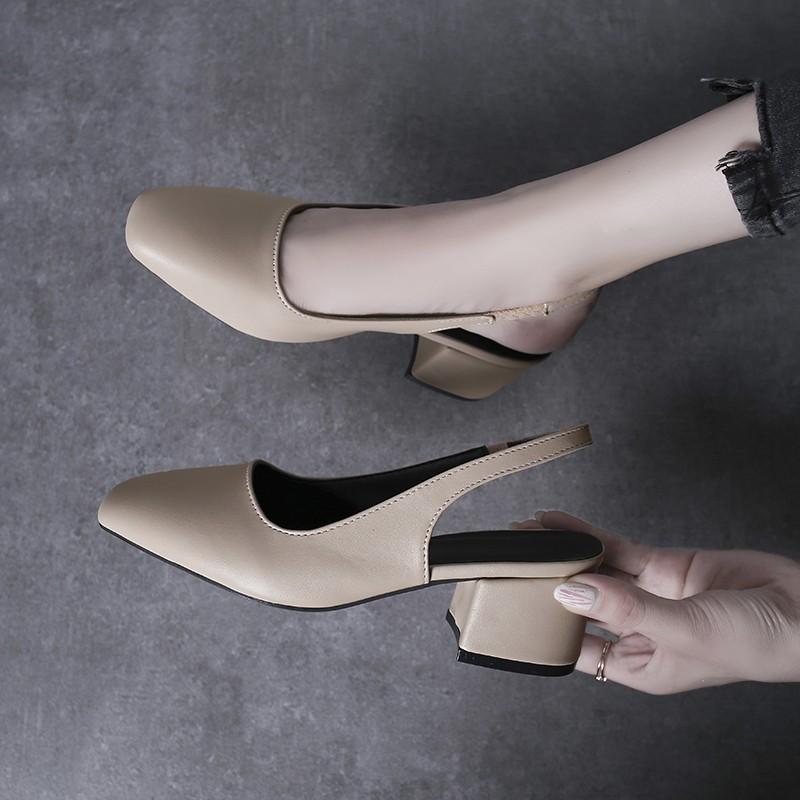 【จัดส่งฟรี】นย้อนยุคตารางหัวรองเท้าส้นสูงป่าปากตื้นกลับคำหัวเข็มขัดกับรองเท้าเดียว