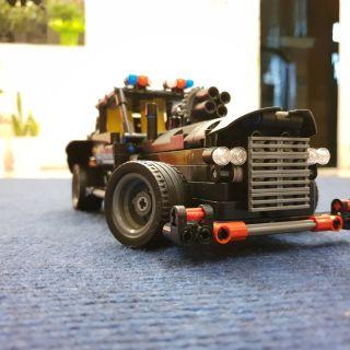 Xe ô tô lắp ráp kiểu lego siêu hấp dẫn