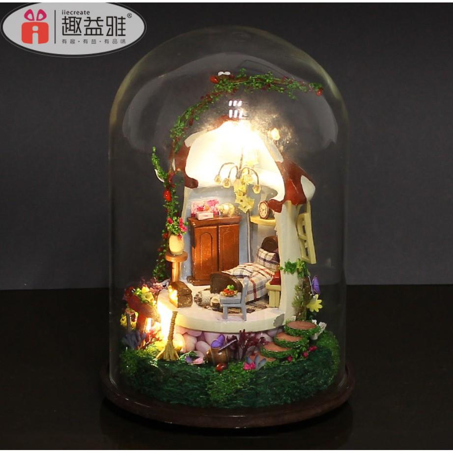Mô hình nhà búp bê xoay phát nhạc trong lồng chụp mica – Mushroom House