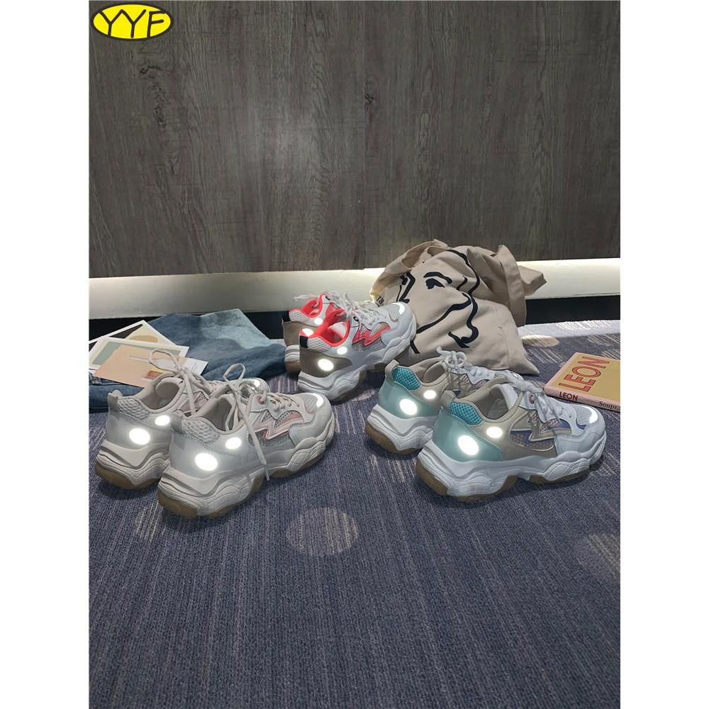 รองเท้าผู้หญิงที่มีคุณภาพสูง, รองเท้าเก่า, แนวโน้มของผู้หญิง, รองเท้าผู้หญิง, ตาข่ายระบายอากาศ, รองเท้ากีฬา, ป่าสะท้อนแส