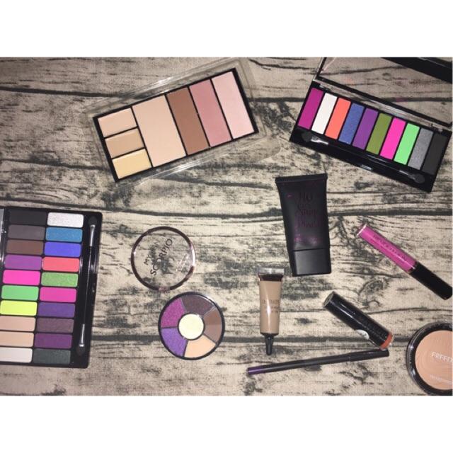 Phấn mắt Makeup Revolution