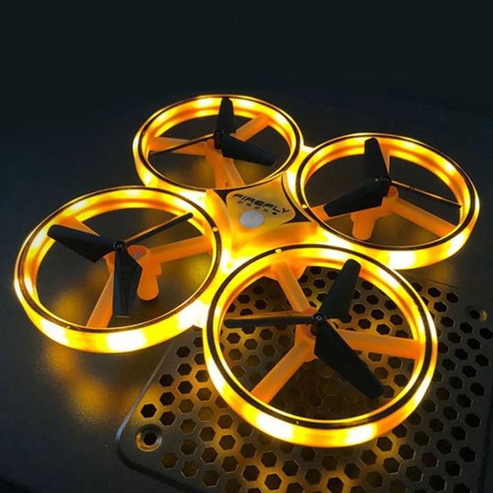 Đồ chơi máy bay điều khiển theo cử chỉ - có đèn LED thông minh