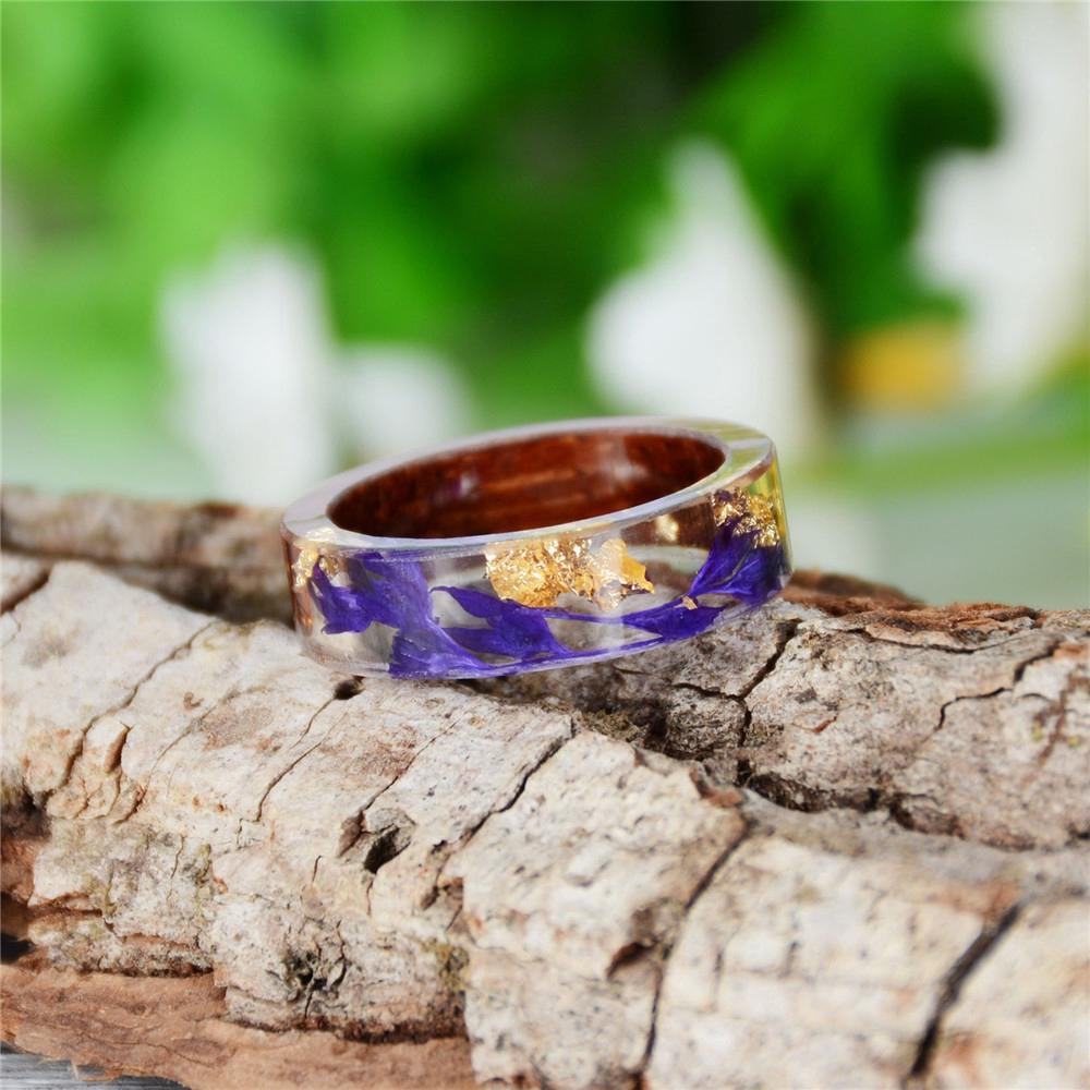 Nhẫn đính đá thời trang cho nữ