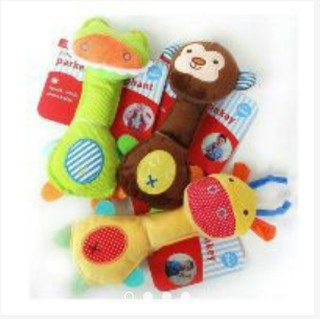 25k/ chiếc đồ chơi tập cầm nắm-bóp chút chít, xúc xắc.có 4 màu lựa chọn