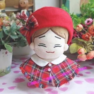 Bộ măng tô + mũ nơ đỏ cho doll 20cm