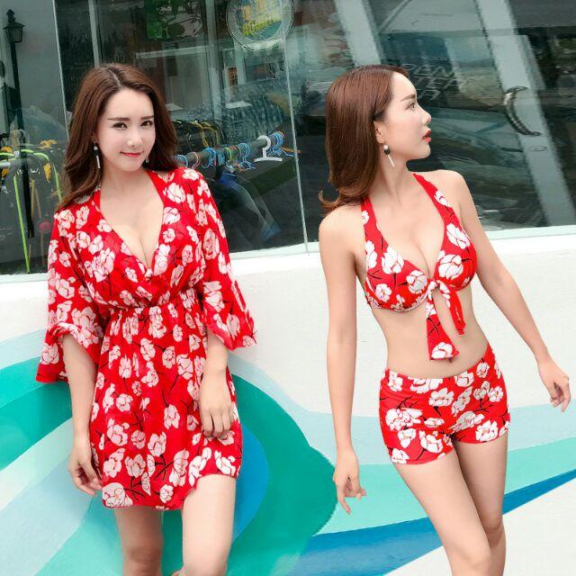 Set váy đi biển bikini 3 mảnh kèm áo choàng khoác ngoài dáng váy tay xòe