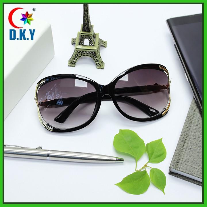 Mắt kính nữ thời trang chống nắng  đi đêm đạt chuẩn UV400, phụ kiện thời trang đi biển cao cấp full box chống bụi