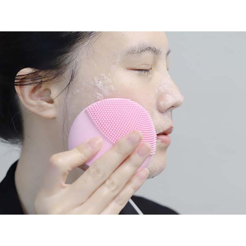 Máy rửa mặt Foreo Luna Mini 2 màu hồng nhạt( tặng kèm set wonjin)