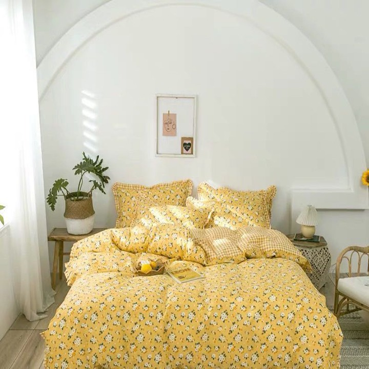 Bộ vỏ chăn ga gối chất cotton poly họa tiết hoa nhí vàng