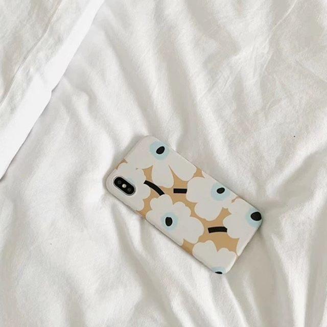 Creamy bloom iPhone case