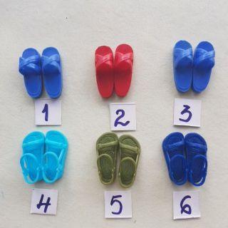 Giày dép cho búp bê ken đã qua sử dụng