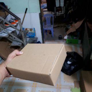 20x16x06 Bộ 40 Thùng Carton Trơn Dán thumbnail