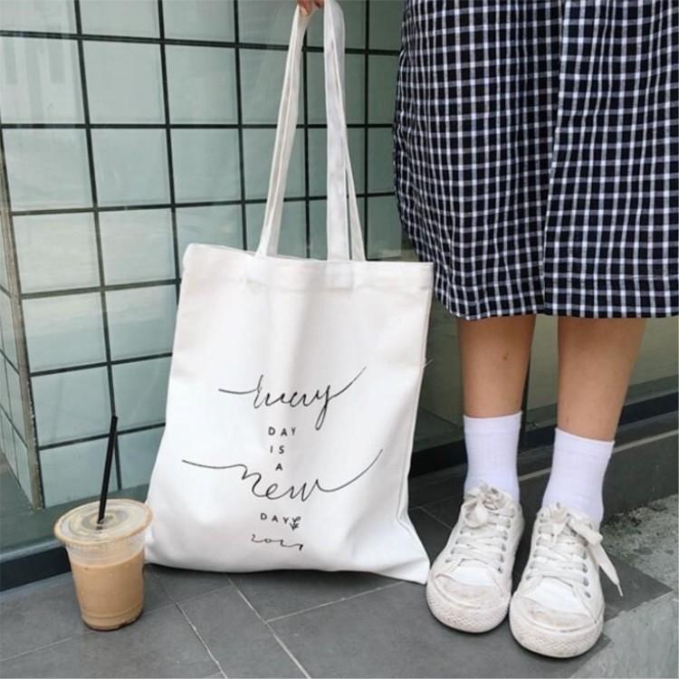 Túi xách nữ vải canvas đựng đồ in hình chữ kí cao cấp phong cách Hàn Quốc