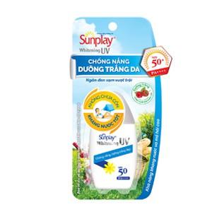 Sữa chống nắng dưỡng trắng da Sunplay Whitening UV SPF50+ 30g - 14629856 , 301747925 , 322_301747925 , 65000 , Sua-chong-nang-duong-trang-da-Sunplay-Whitening-UV-SPF50-30g-322_301747925 , shopee.vn , Sữa chống nắng dưỡng trắng da Sunplay Whitening UV SPF50+ 30g