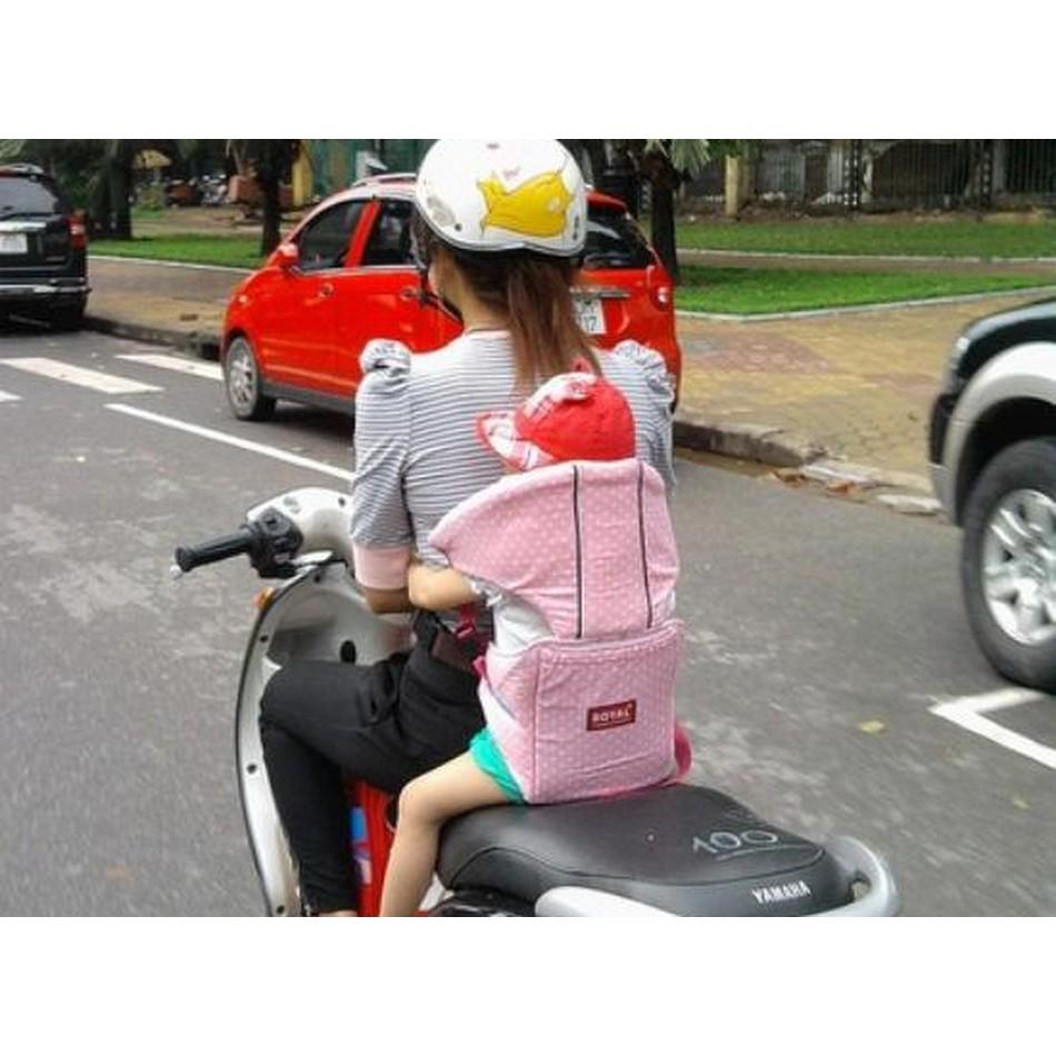Đai xe máy trẻ em có đỡ cổ