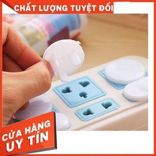 [SALE]- Bịt ổ điện an toàn cho trẻ nhỏ – 2 chân/3 chân